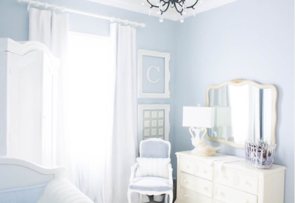 10 Most Pretty & Inspirational Bedroom Must Haves-1-19