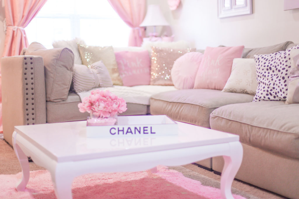 The Most Girly & Pink Decor For A Feminine Home - J\'adore ...