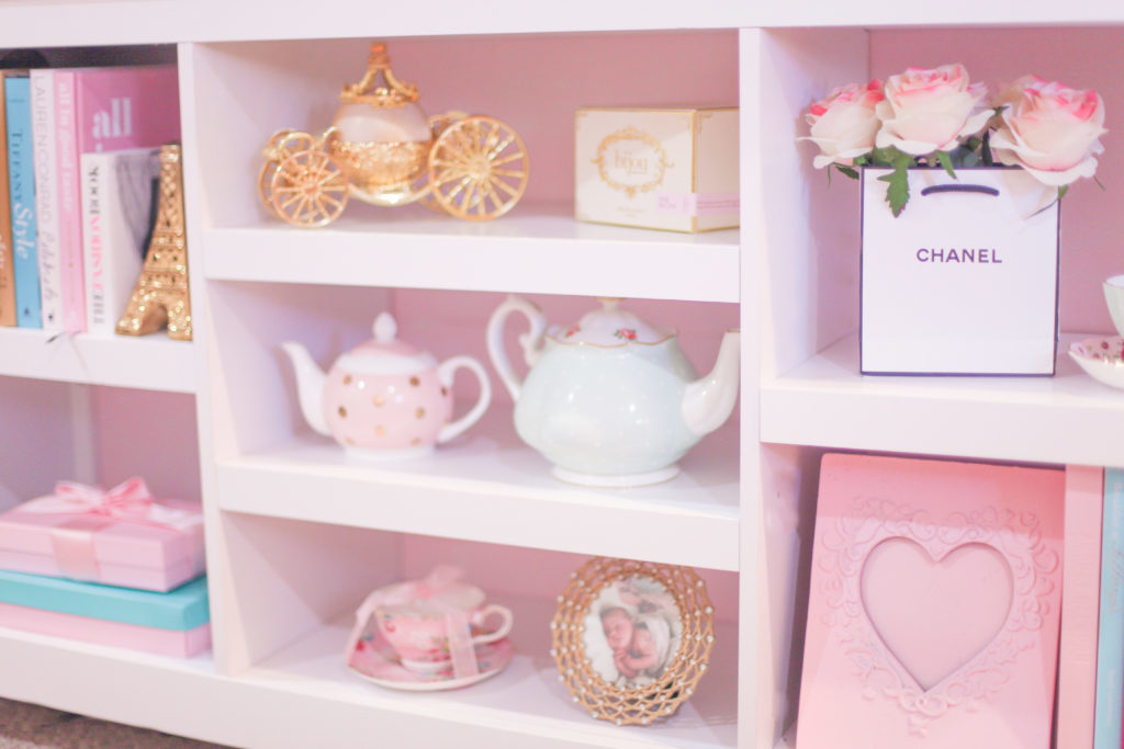 The Most Girly & Pink Decor