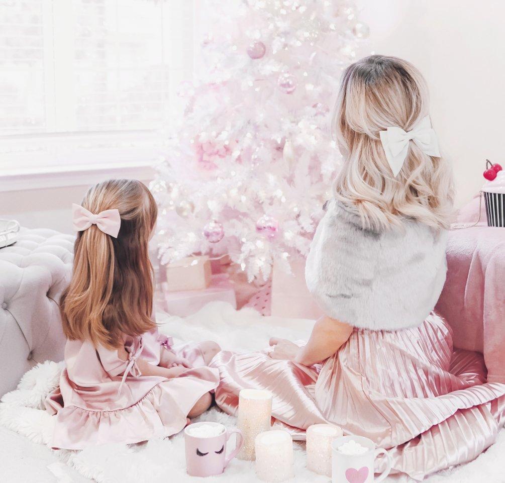 Feminine Holiday Style – Mommy & Me Edition